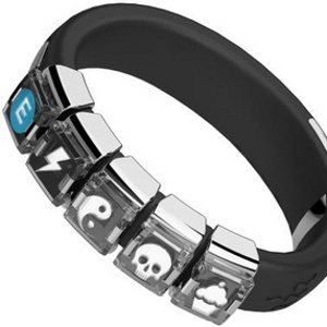 The NEX Wristband Lets You Play Games With Your Wrist