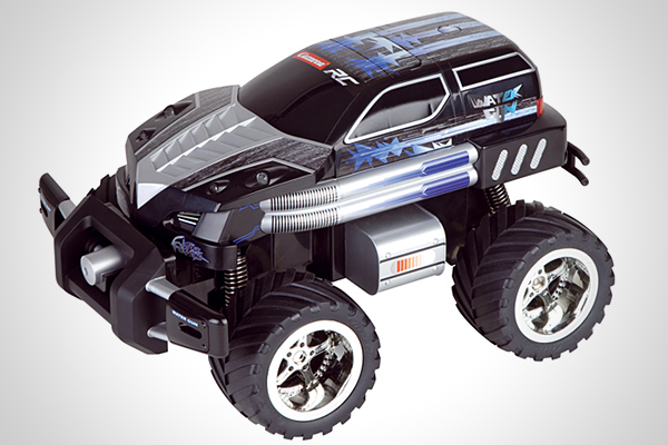 water shooting remote controlled car goes from zero to awesome in eight ounces. Black Bedroom Furniture Sets. Home Design Ideas
