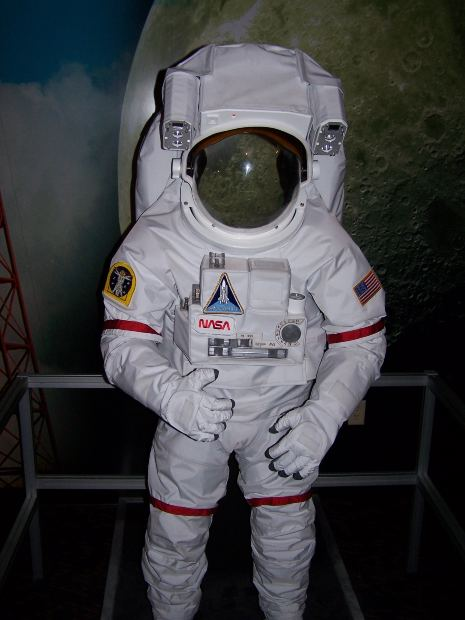 real space suit costume - photo #9