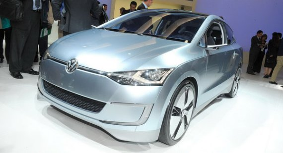 vw up lite concept promises to be most fuel efficient 4 seater in production. Black Bedroom Furniture Sets. Home Design Ideas