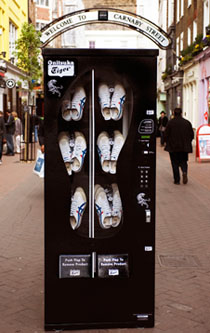 2009 S Most Fashionable Vending Machines Shoe Dispensing