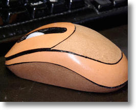Saddle Leather Computer Mouse for Skin to Skin Luxury