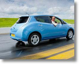 Back Up!! Nissan Leaf to Break Reverse Driving Speed Record