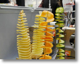 'Potatornado' Spiral Peeler Turns Your Veggie Into A Slinky