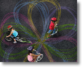 Chalktrail makes art while you ride!