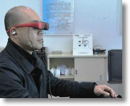 Wearable Eyeglasses Computer Combines Mainframe and Monitor