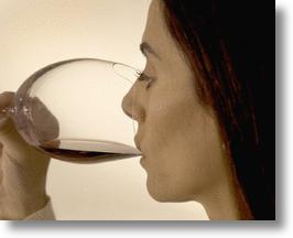 Sense-enhancing Wine Glass