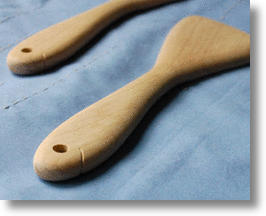 Wooden Spatula Fish from Japan Stirs You with a Smile