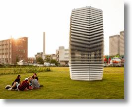 Studio Roosegaarde's smog cleaning tower