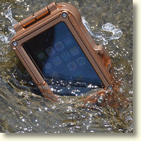 Thick Aluminum iPhone Case Is Waterproof To 300ft