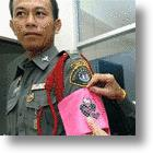 Police Officers In Thailand Receive The Hello Kitty Treatment