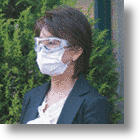 Anti-Allergy Mask &amp; Goggles Combo Keeps Out Pollen, Dust and Germs
