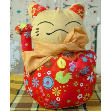 Chinese Lucky Cat Plush Doll Cat Toy: image via nodsale.com