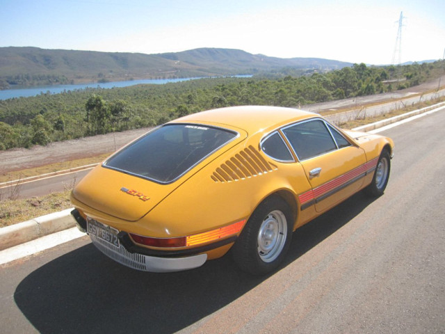 Volkswagen SP2 Sports Coupe: Brazilian Beauty That's Only Skin Deep