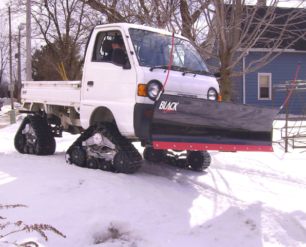 blade rumblers the top 10 freakiest flakiest snow plows. Black Bedroom Furniture Sets. Home Design Ideas
