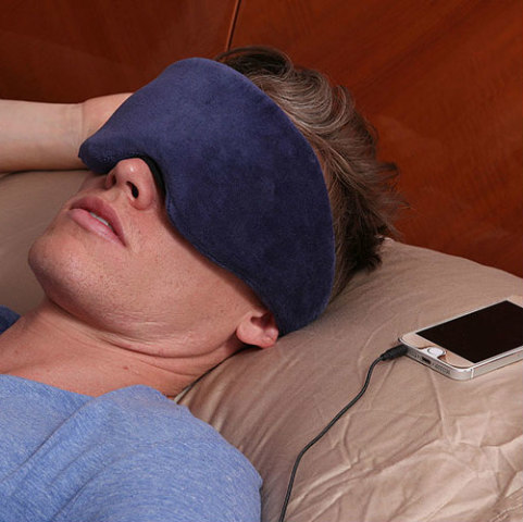 1 Voice Bluetooth Sleep Mask: Get some rest on the go (image 1 Voice)