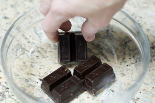 3 SQUARES (of chocolate, of course): image via tastykitchen.com