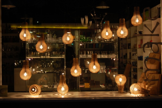 Wooden Bulbs: design by Barend Hemmes