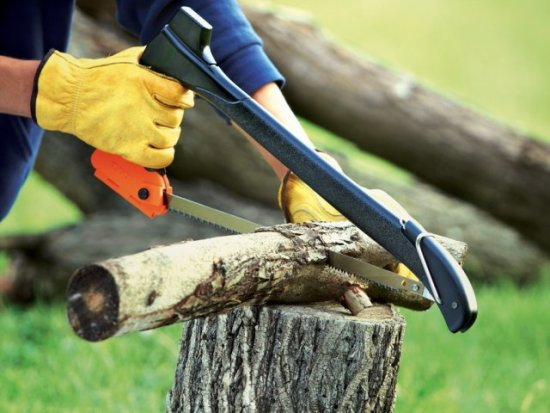 Sawing With Zippo Woodsman
