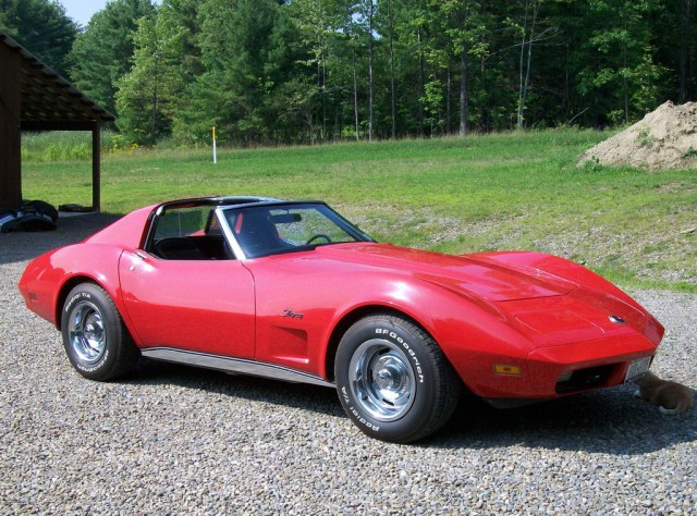The 2014 Corvette Stingray Balances Classic Style With Improved
