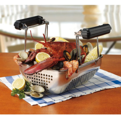 Steamed seafood in the Waring Pro Rotisserie Fryer & Steamer: image via hammacherschlemmer.com