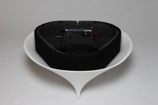 Acoustable - high quality sound system is embedded in the table: Acoustable