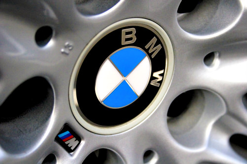BMW Plant in South Africa to be Powered by Manure: Cow manure and other waste materials are used for creating biogas
