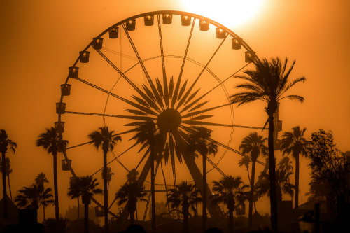 Sun Down, Coachella 2013 Image by Thomas Hawk: Coachella at sundown via Flickr CC