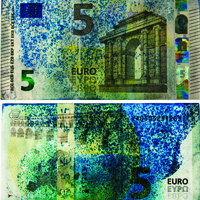 5 Euro Banknote dyed blue by self-defense system: image via ethz.ch