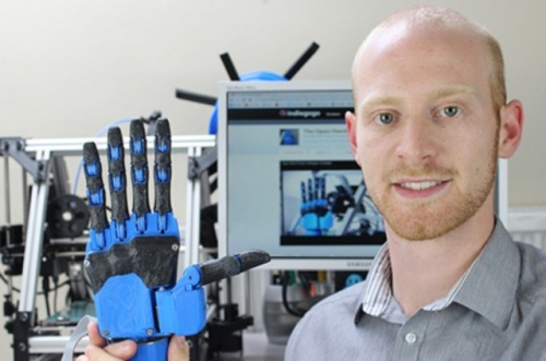Joel Gibbard, an engineer who hails from Plymouth, UK, is the founder and CEO of Open Robotics, and he has invented a robotic prosthetic hand with 3D-printed materials.