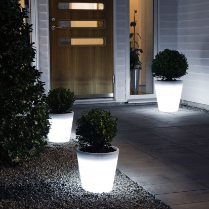 Assist LED Planters