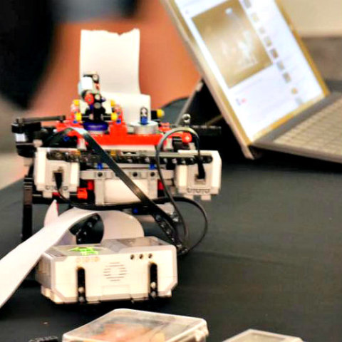 Braigo Braille Printer Made from Legos: A 12-year-old boy has invented a Braille printer from toys (image via Facebook)