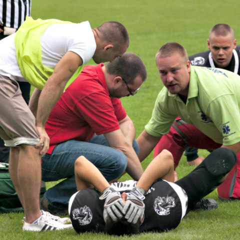 MIPS May Be the Answer to Preventing Brain Injuries in Sports: Football players often suffer from CTE