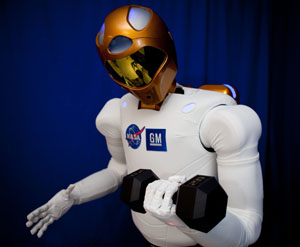 NASA believes R2 will follow his weight training schedule.: image via nasa.gov