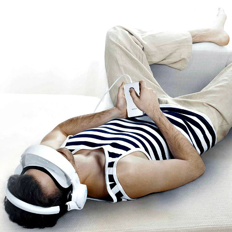Royole-X Virtual Entertainment Home Theater: Futuristic home entertaiment system (image via Facebook)