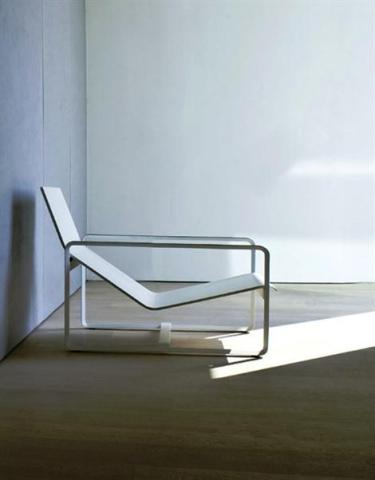 Neutra, by Vincent van Duysen for Trib&ugrave;: image via polopuentearanda.com