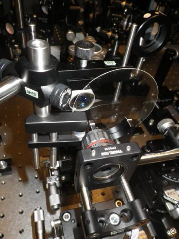 Sequentially Timed All-optical Mapping Photography (STAMP): this new camera of all optical components allows record at a rate of 1 trillion frames per second. Image from Keiichi Nakagawa, University of Tokyo.