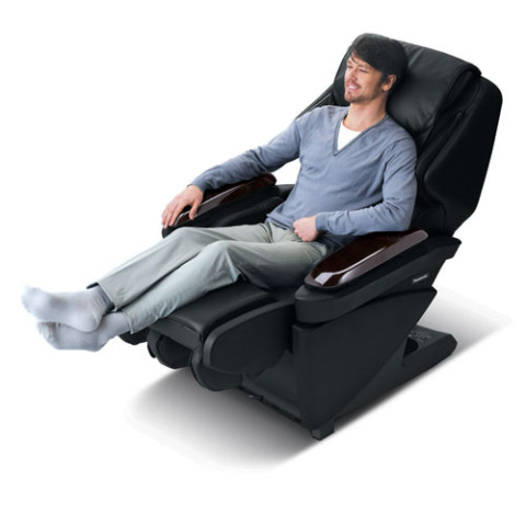 Real Pro Ultra Luxury Massage Chair by Panasonic: © Panasonic