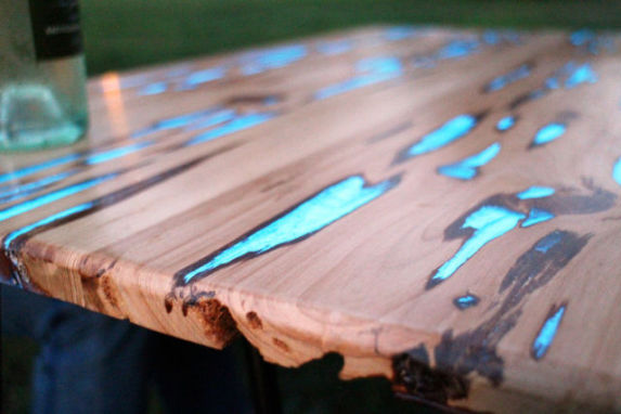 Glow Table (Image via Instructables)