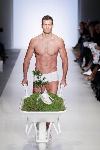 The Adam-and-Eve-Esque Show Debuted OAT's Plantable and Biodegradable Shoes: Amsterdam International Fashion Week 2011