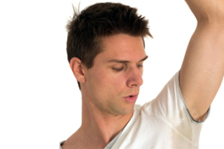 T-shirt material can contribute to body odor