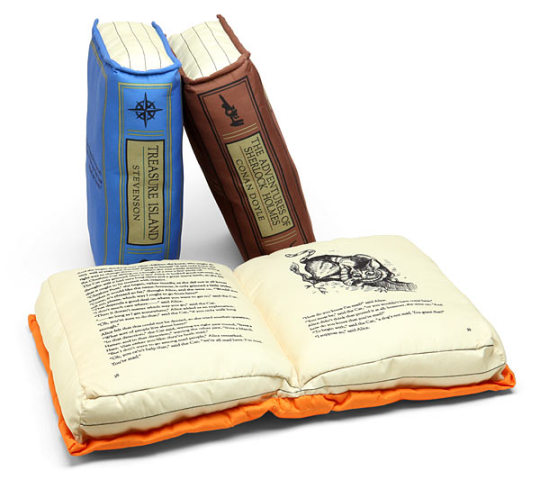 Olde Classic Pillow Books