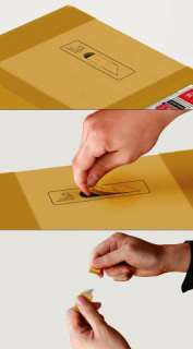 In-box Box Cutter: neat concept, bad idea.