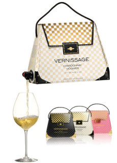 Is it a handbag? Is it a wine dispenser? It's both!