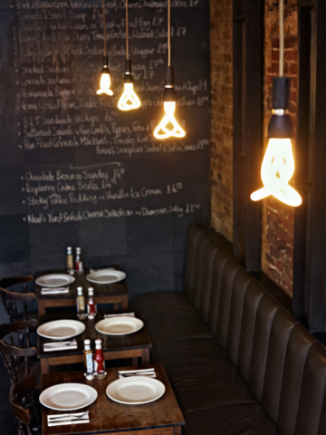 Plumen 001 cafe lamps, by Hulgar design: ©Hulgar via plumen.com