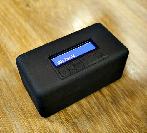 DistractaGone is a Lockbox for your Cellphone: Disengage from your phone & re-engage with society