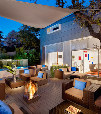 EcoSmart Outdoor Fireplace