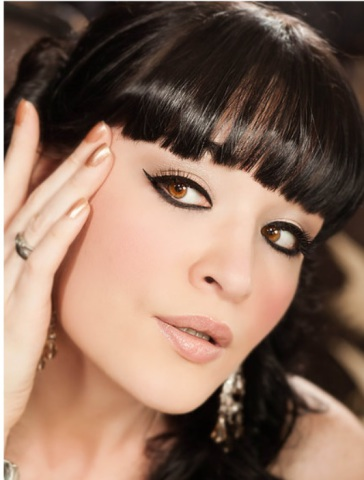 Miss Flicklash: Perfect Cat Eyes