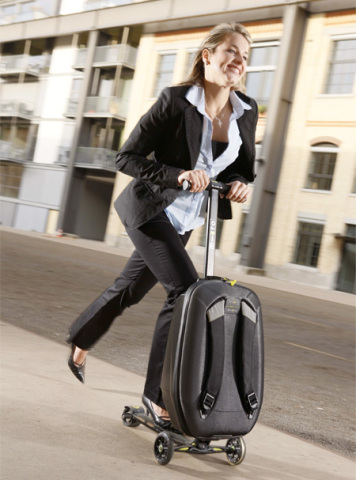 Kick Scooter Luggage: image via toxel.com