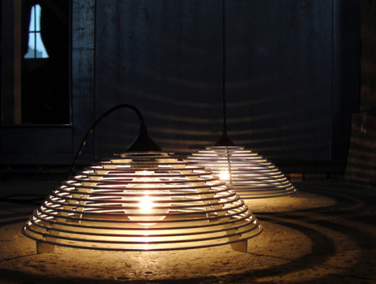 Steplight as floor lamp - the mini spaceship: © Graypants